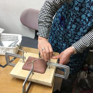 ウエットフォーミング レザークラフト教室 革工芸教室