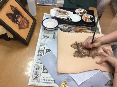 フィギュアカービング チワワ5 レザークラフ 教室 革工芸教室