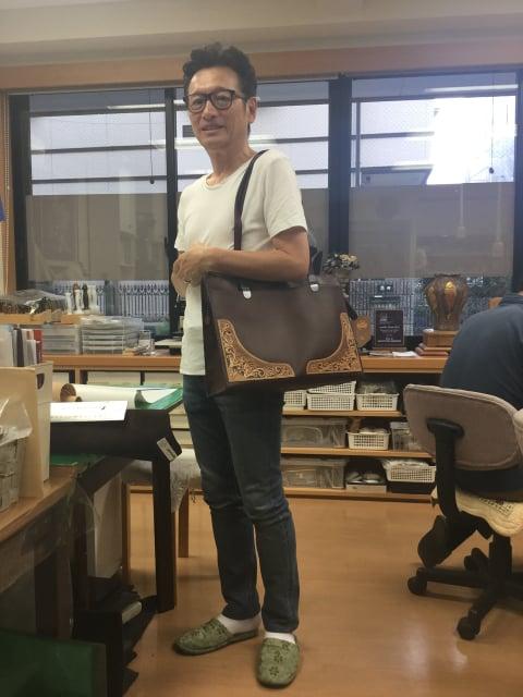 メンズバッグ掛けてみたら レザークラフト教室 革工芸教室