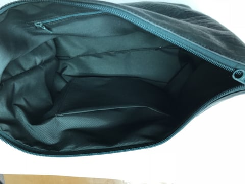 孔雀カービングバッグ内袋両側 レザークラフト教室 革工芸教室
