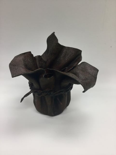柿渋染めの花器 レザークラフト教室 革工芸教室