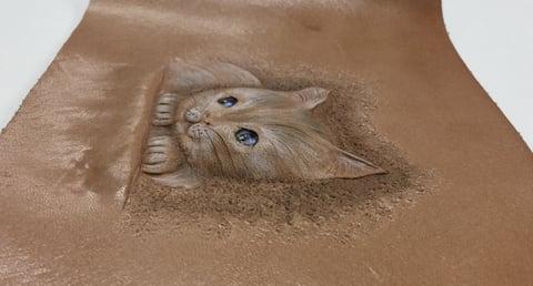 フィギュアカービング子猫完フィギュアカービング子猫完成横から レザークラフ 教室 革工芸教室