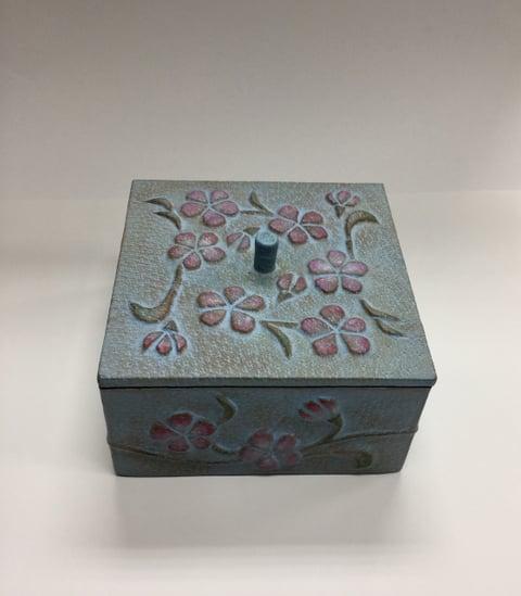 革の小箱正面 レザークラフト教室 革工芸教室