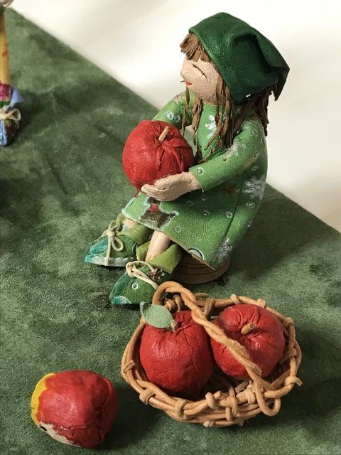 りんごの収穫 レザークラフト教室 革工芸教室