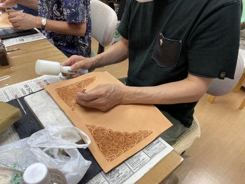ブックバインダーカービング レザークラフト教室 革工芸教室