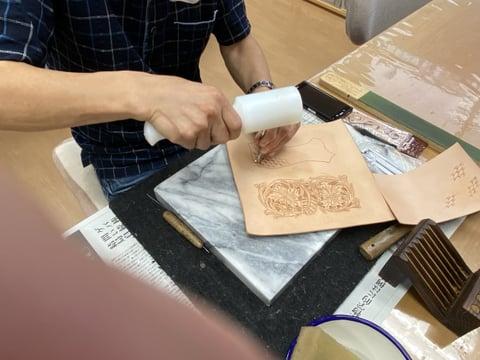 ウォレットカービング レザークラフト教室 革工芸教室