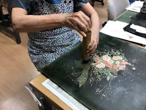 革に振り箔 レザークラフト教室 革工芸教室