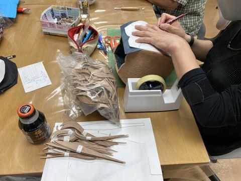 革の立体作品 レザークラフト教室 革工芸教室