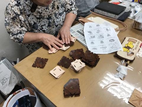 組み立てバッグ レザークラフト教室 革工芸教室