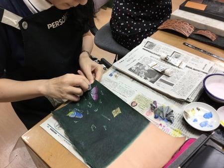 革の着色 レザークラフト教室 革工芸教室