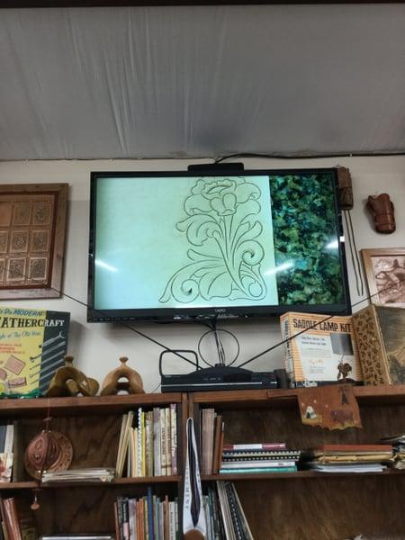 プロジェクターでの説明 レザークラフト教室 革工芸教室