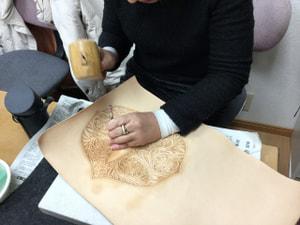 レザークラフト教室 革工芸教室 ティシュボックス