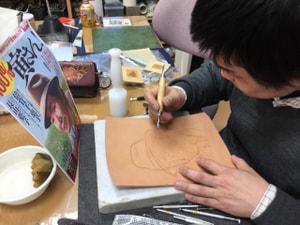 レザークラフト教室 革工芸教室 フィギュアカービング