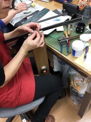 レザークラフト教室 革工芸教室 手縫いバッグ