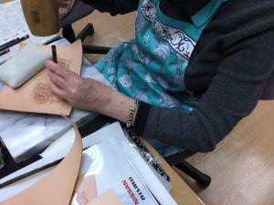 文字カービング レザークラフト教室 革工芸教室