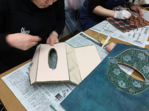 ティシュボックス レザークラフト教室 革工芸教室