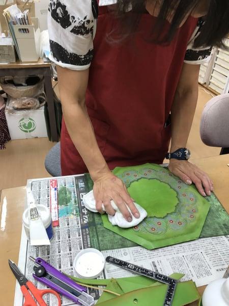 時計貼り込み レザークラフト教室 革工芸教室
