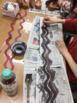 ベルト染色中 レザークラフト教室 革工芸教室