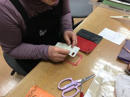携帯ケース レザークラフト教室 革工芸教室