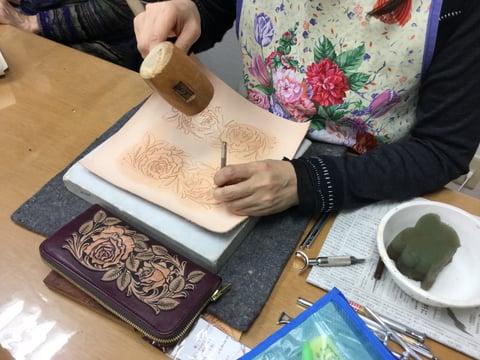 バラの財布 レザークラフト教室 革工芸教室