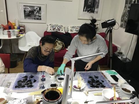 バックグラウンドの染め レザークラフト教室 革工芸教室