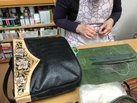 バッグの引き手制作 レザークラフト教室 革工芸教室
