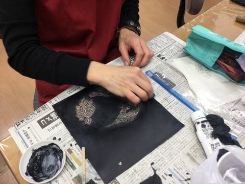 スマホケース染色 レザークラフト教室 革芸教室
