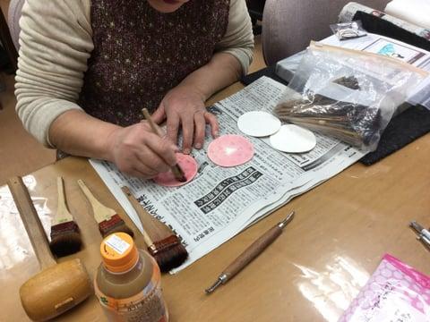 お雛様染色3 レザークラフト教室 革工芸教室