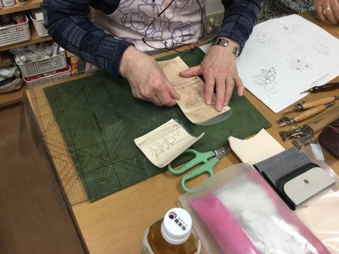 財布 レザークラフト 教室 革工芸教室