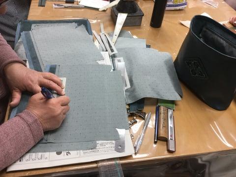 バッグの内側制作 レザークラフト 教室 革工芸教室