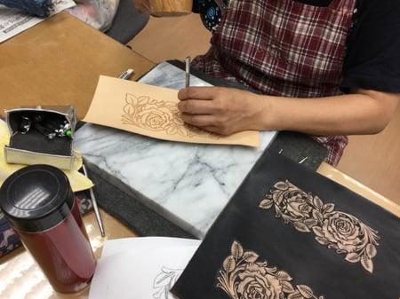 薔薇カービング レザークラフト教室 革工芸教室