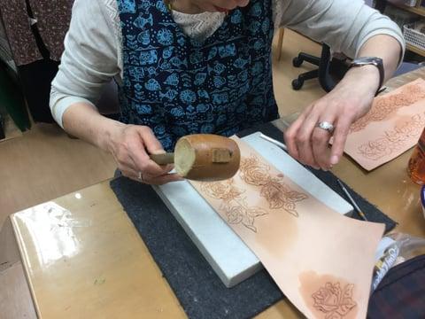 カービング レザークラフト 教室 革工芸教室