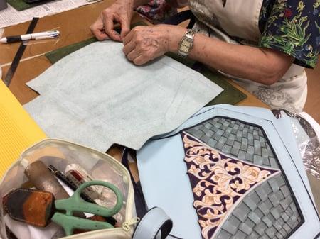 編み込みバッグ仕立て レザークラフト教室 革工芸教室