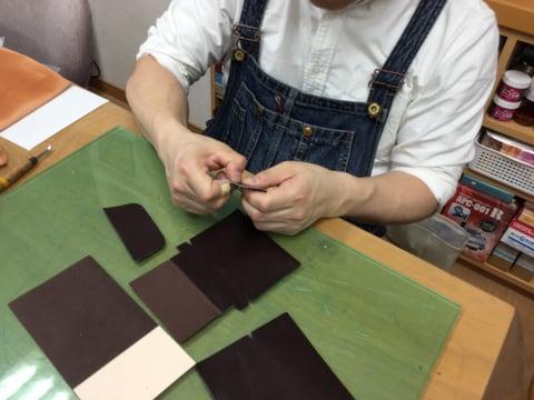 コインボックス仕立て レザークラフト 教室 革工芸教室