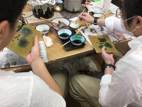 葉の色入れ ろうけつ染 レザークラフト教室 革工芸教室