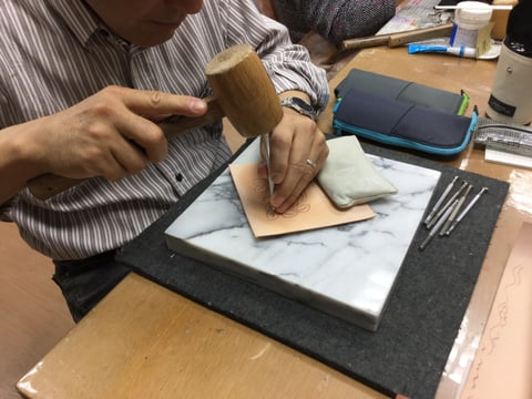 バラのカービング レザークラフト教室 革工芸教室
