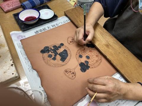 ろうけつ染めお雛様(ぼかし) レザークラフト教室 革工芸教室