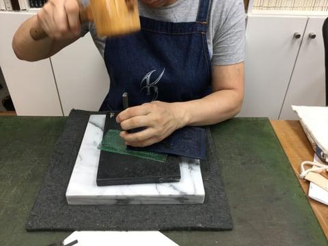 手縫い菱目打ち レザークラフト教室 革工芸教室