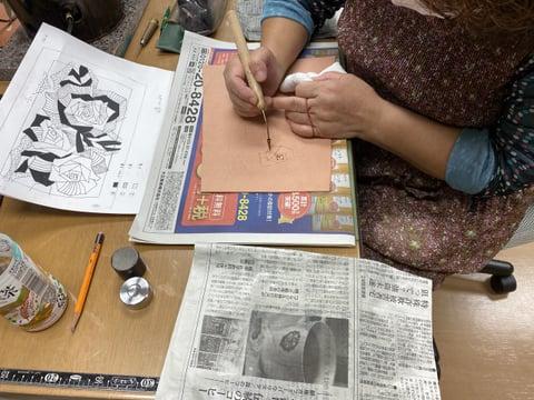 ろうけつ染めコーン線描き レザークラフト教室 革工芸教室