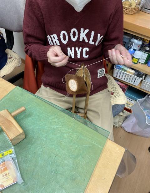 コインボックス手縫い レザークラフト教室 革工芸教室