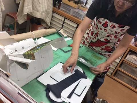 複雑なバッグ レザークラフト教室 革工芸教室
