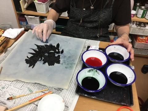バックグラウンドの染色 レザークラフト教室 革工芸教室