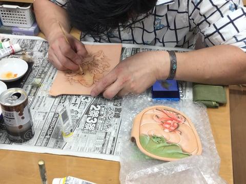 金魚着色 レザークラフト教室 革工芸教室