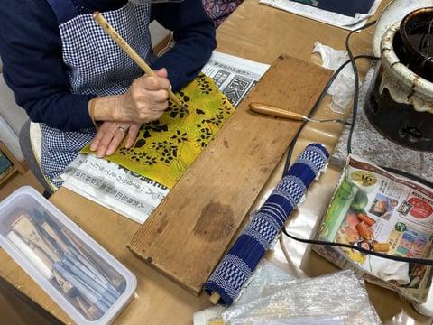 ろうけつ染め作品フセ蝋置き レザークラフト教室 革工芸教室