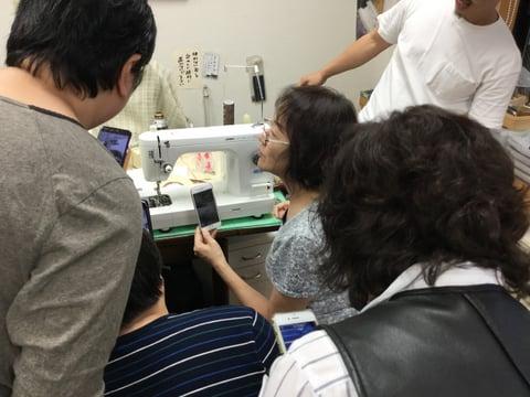 ミシン講習会説明中3 レザークラフト教室 革工芸教室