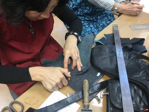 ウエストポーチ仕立て レザークラフト教室 革工芸教室