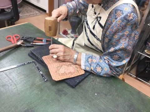バーニングスマホ仕上げ レザークラフト教室 革工芸教室