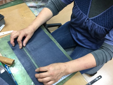 ファスナー台取り付け レザークラフト教室 革工芸教室
