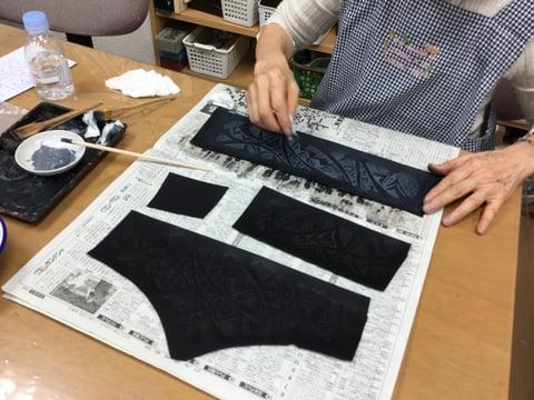 アクリル拭き取り レザークラフト教室 革工芸教室