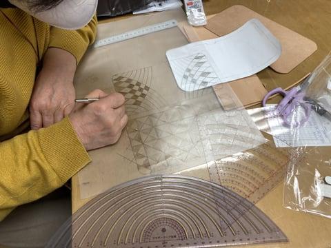 財布の図案描き レザークラフト教室 革工芸教室